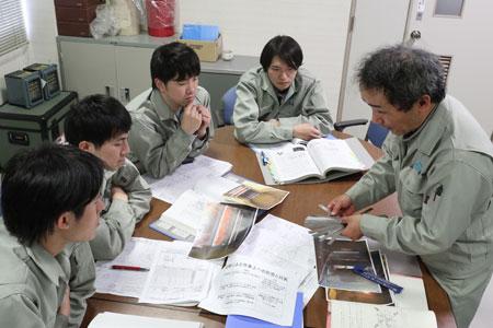 研修・教育体系02